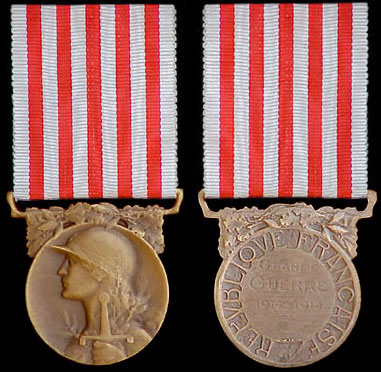 Très Médaille commémorative française de la grande guerre - Insigne ZV34
