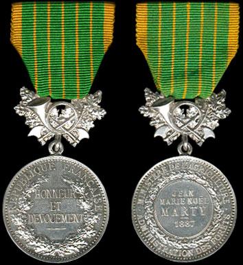 M daille d 39 honneur des eaux et for ts insigne premier mod le for Eaux et forets