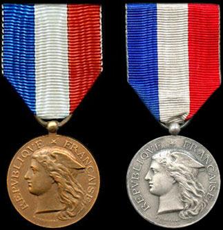 Médaille d'honneur des Epidémies - Insignes du ministère
